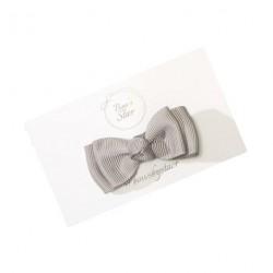 Double Bow Grey - Hårsløjfe 6 cm fra Bows by Stær