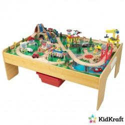 Kidkraft Træ Adventure Town Tog legebord m/tilbehør